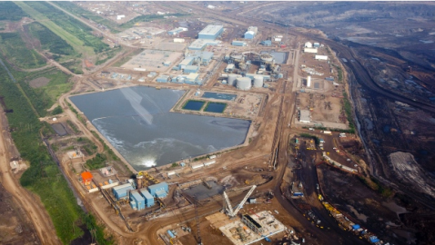 An oil sands facility seen from a helicopter near Fort McMurray, Alta.